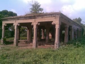 Eclipse mandapam near Mamallapuram.