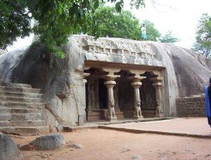 cht_mamallapuram_cave_temple_01