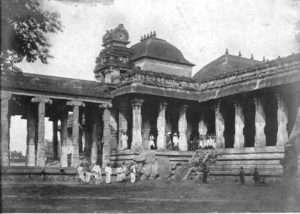 The Raja Sabha or Thousand Pillars Hall of the Shri Shiva Nataraja temple in Chidambaram in the 1800s