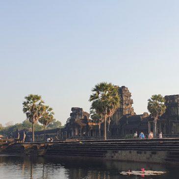 Eleanor Mannikka's Angkor Wat, part 3, Pramana